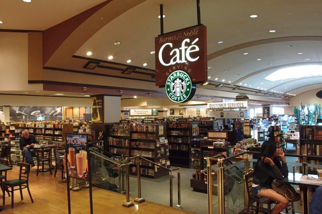Starbucks coffe in Barnes & Noble