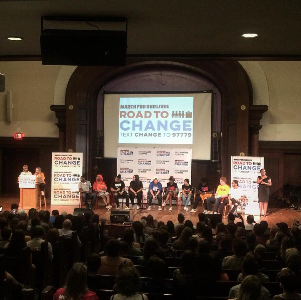 giovani volontari del movimento a NY